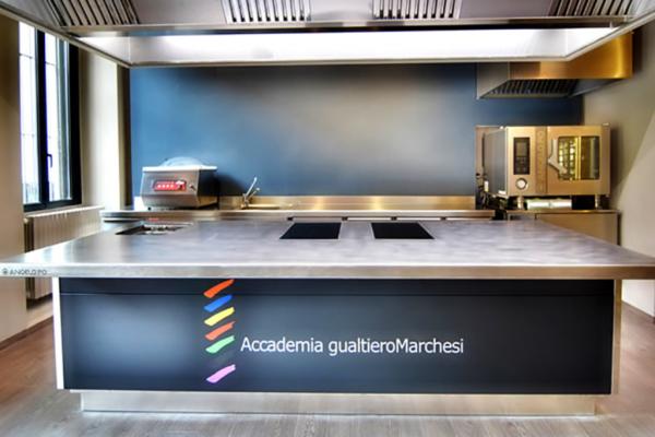 Gualtiero Scuola Cucina_02