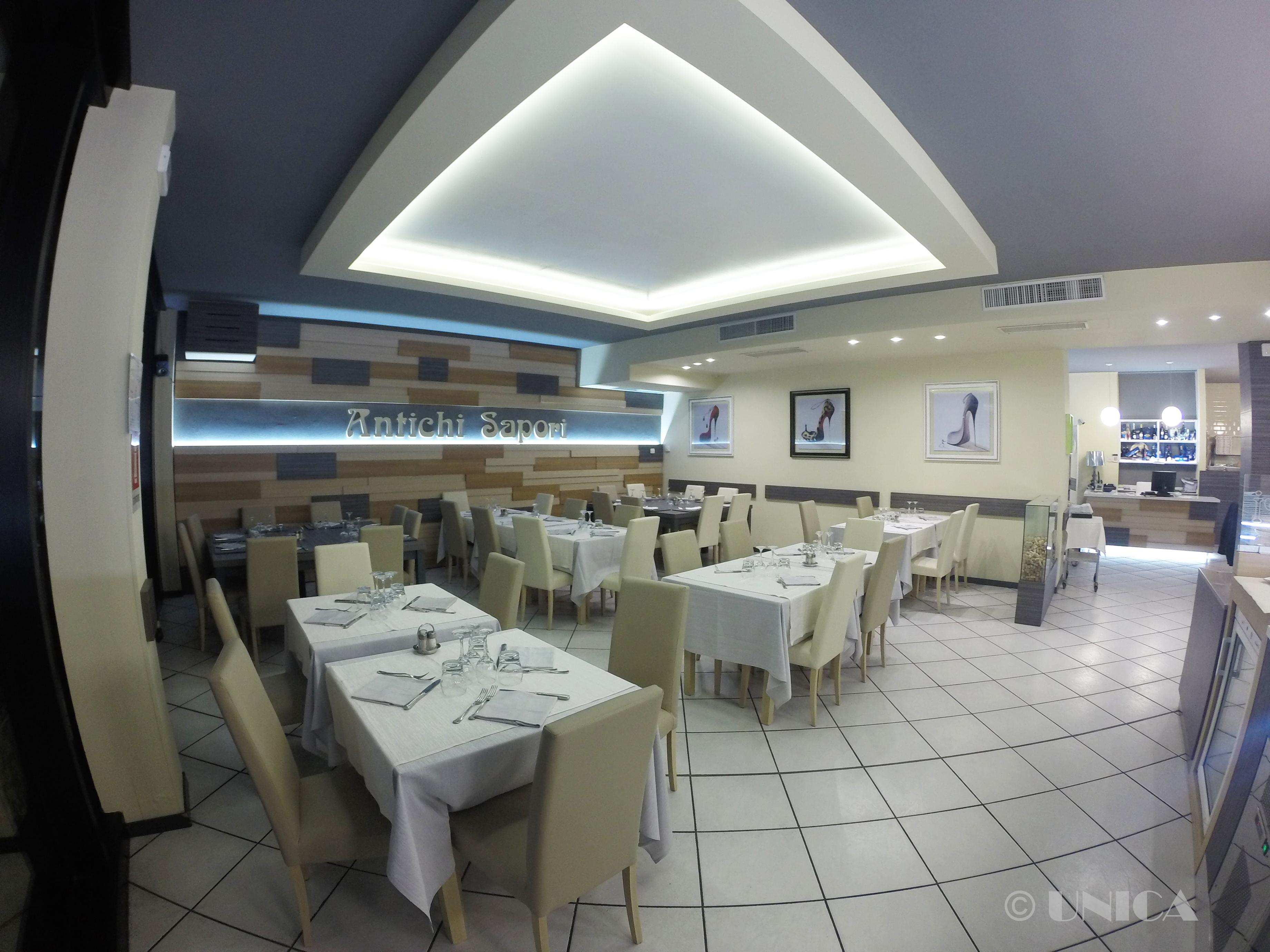 Arredamenti per ristoranti unica arredamenti milano for Arredamenti per ristoranti