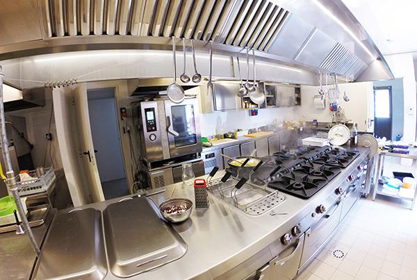 Unica arredamenti attrezzature ristorazione for Angelo arredamenti cernusco sul naviglio