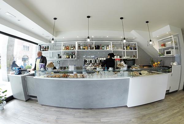 Unica arredamenti e attrezzature per la ristorazione for Arredamenti bar ristoranti